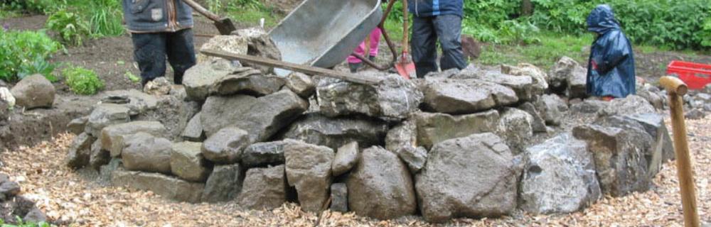 Bauen in der Permakultur 3: Kräuterspiralen